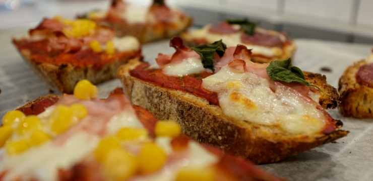 Pizzabrot aus dem Ofen