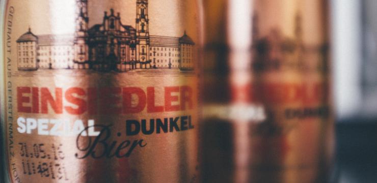 Dunkles Einsiedler Bier
